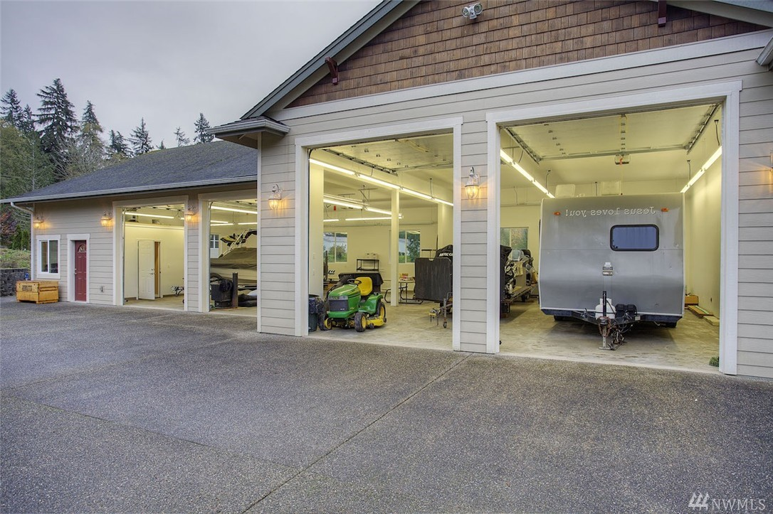 3 car garage shop plans pictures to pin on pinterest for Garage with shop